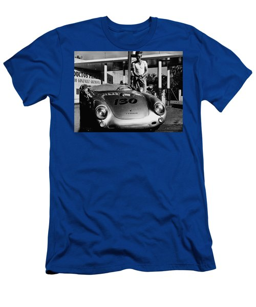 James Dean Filling His Spyder With Gas In Black And White Men's T-Shirt (Athletic Fit)