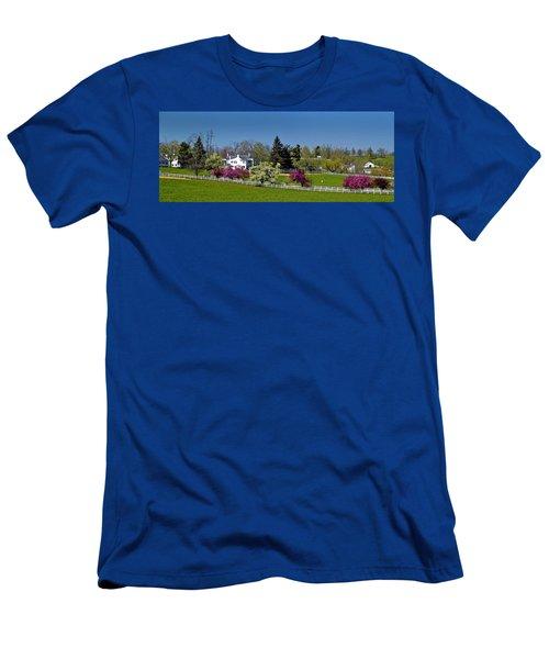 Kentucky Horse Farm Men's T-Shirt (Athletic Fit)