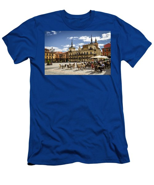 Leon City Hall Men's T-Shirt (Athletic Fit)