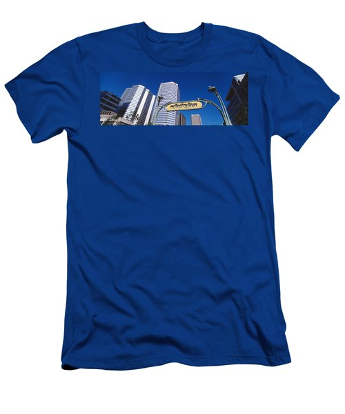 Low Angle View Of Buildings, Cite Men's T-Shirt (Athletic Fit)