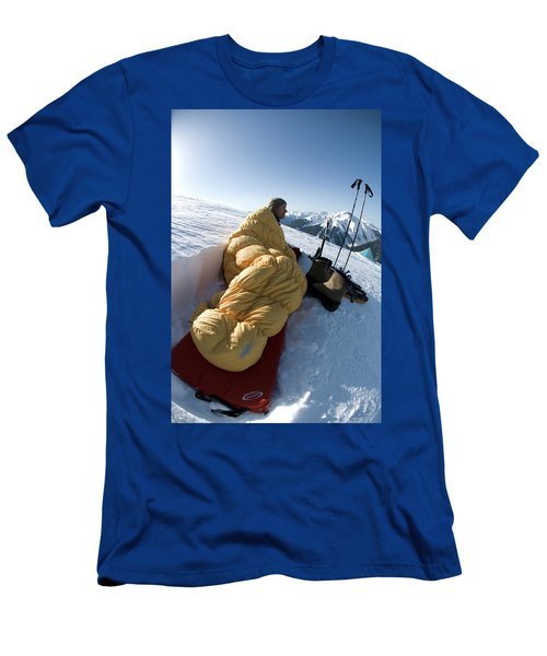 Man In Sleeping Bag On Summit Men's T-Shirt (Athletic Fit)