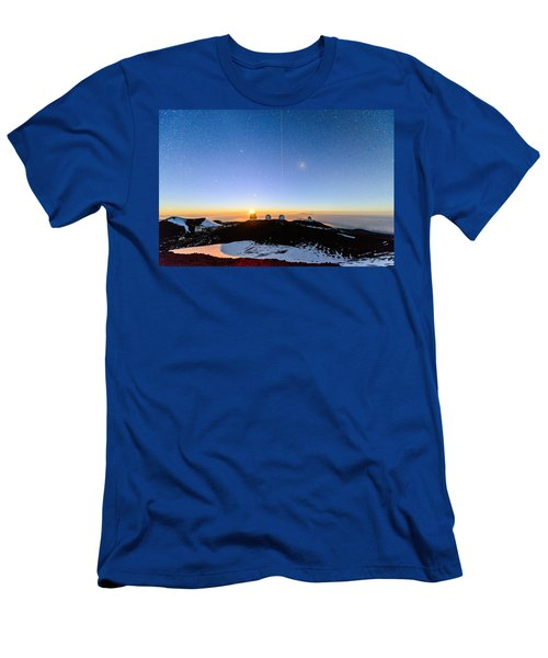 Mauna Kea Moonset 1 Men's T-Shirt (Athletic Fit)