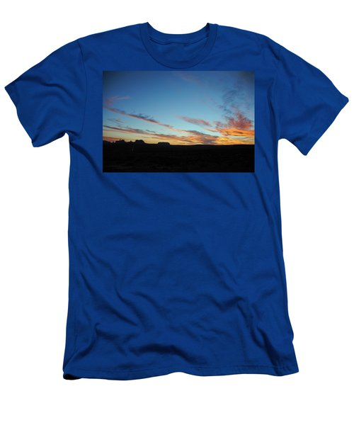 Monument Valley Sunset 2 Men's T-Shirt (Athletic Fit)