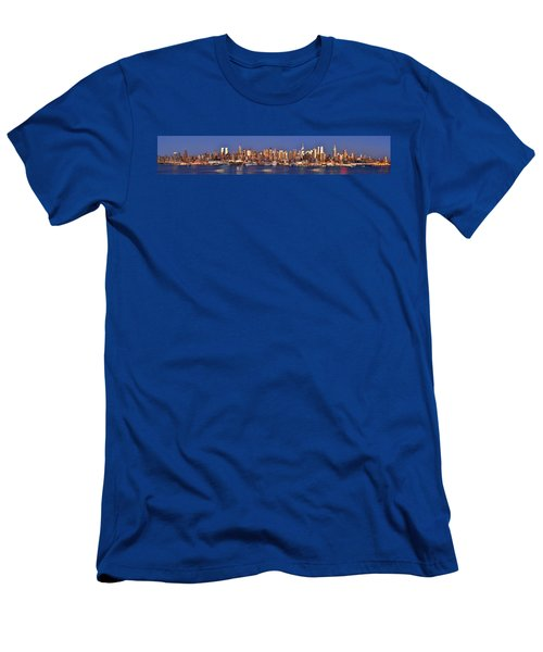 New York City Midtown Manhattan At Dusk Men's T-Shirt (Athletic Fit)