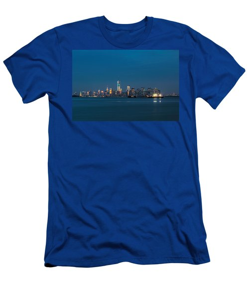 New York Twilight Men's T-Shirt (Athletic Fit)
