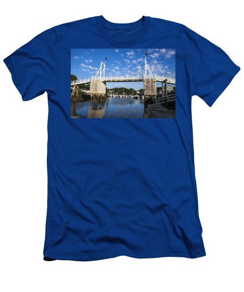 Perkins Cove - Maine Men's T-Shirt (Athletic Fit)