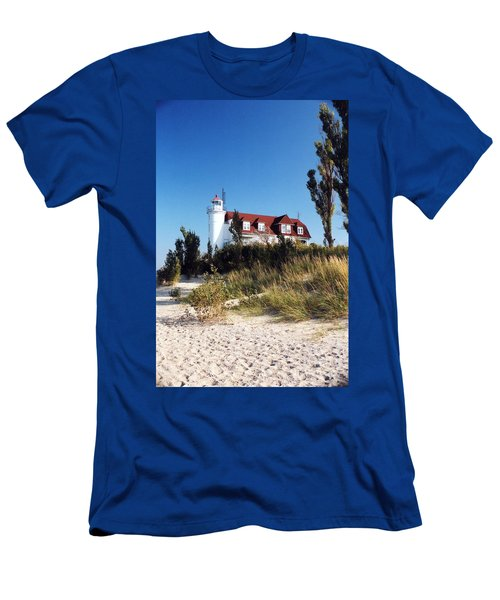 Point Betsie Lighthouse Men's T-Shirt (Athletic Fit)