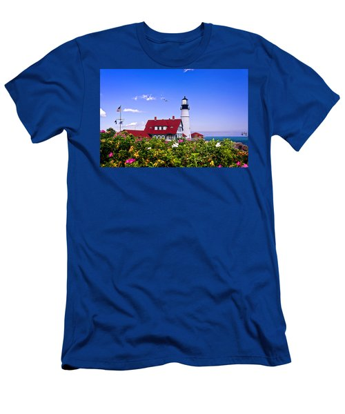 Portland Head Light And Roses Men's T-Shirt (Athletic Fit)