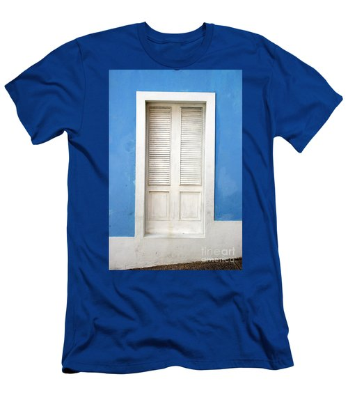 Puerta En El Viejo San Juan Men's T-Shirt (Athletic Fit)