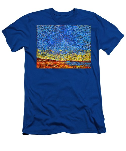 St. Andrews Sunset Men's T-Shirt (Athletic Fit)