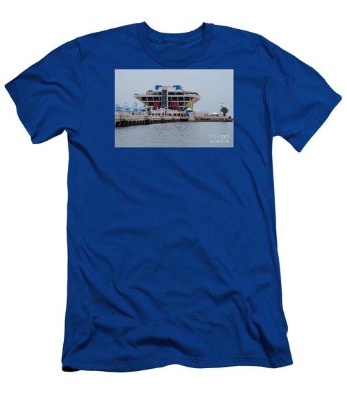 St. Pete Pier Men's T-Shirt (Athletic Fit)