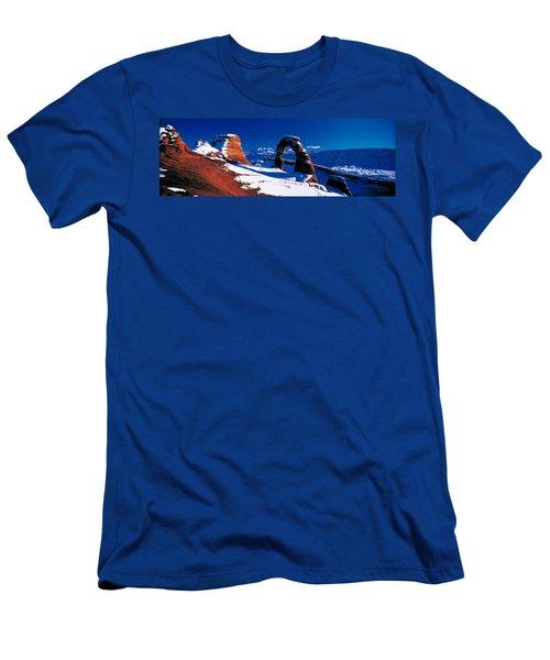 Usa, Utah, Delicate Arch, Winter Men's T-Shirt (Athletic Fit)