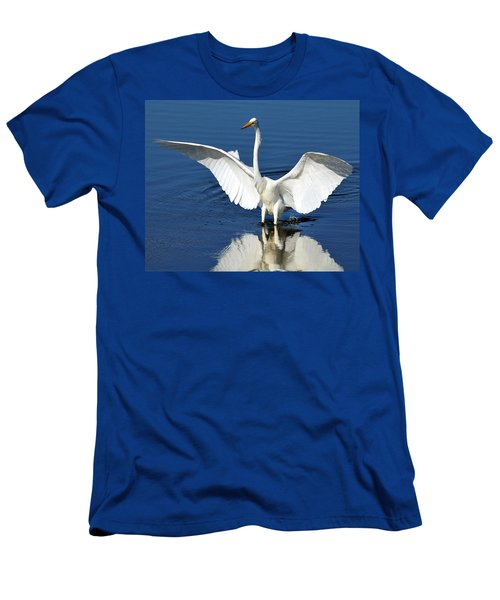 Great White Egret Spreading Its Wings Men's T-Shirt (Athletic Fit)