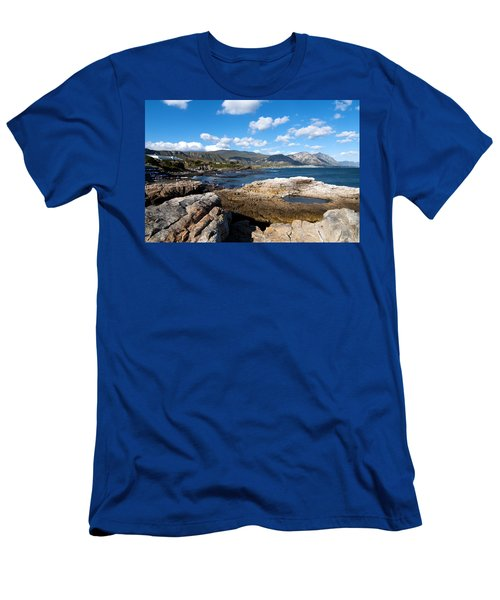 Hermanus Coastline Men's T-Shirt (Athletic Fit)