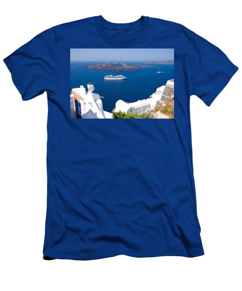 Santorini Cruising Men's T-Shirt (Athletic Fit)