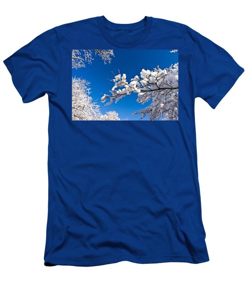 Snowy Trees And Blue Sky Men's T-Shirt (Athletic Fit)