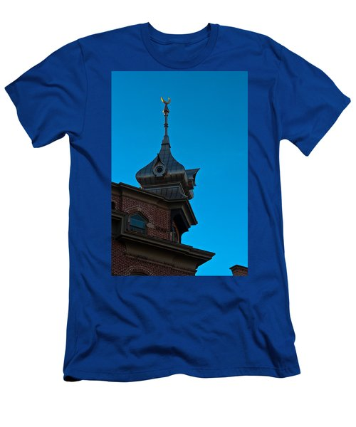Men's T-Shirt (Slim Fit) featuring the photograph Turret At Tampa Bay Hotel by Ed Gleichman