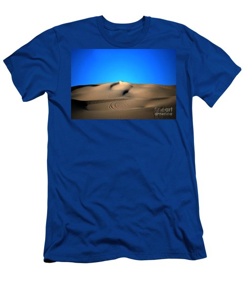Yuma Dunes Number One Bright Blue And Tan Men's T-Shirt (Athletic Fit)