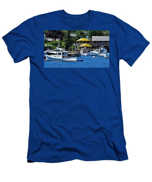 Bass Harbor Maine Men's T-Shirt (Athletic Fit)