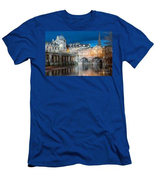 Pulteney Bridge, Bath Men's T-Shirt (Slim Fit) by Colin Rayner