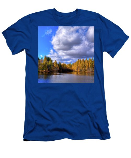 Men's T-Shirt (Athletic Fit) featuring the photograph Tamaracks At Woodcraft Camp by David Patterson