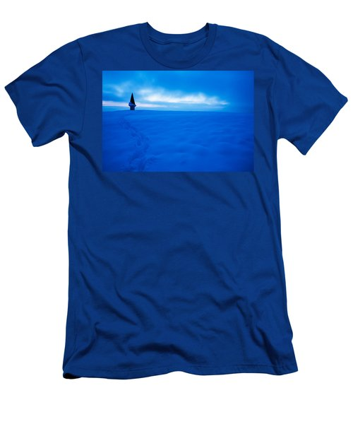 Winter Dusk Men's T-Shirt (Athletic Fit)
