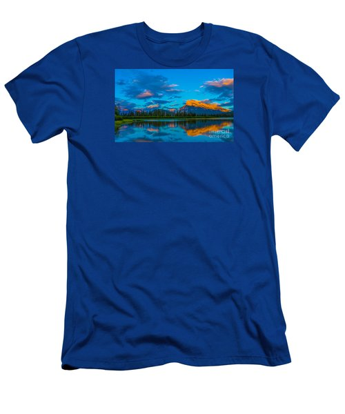 Banff Vermillion Lakes Men's T-Shirt (Athletic Fit)