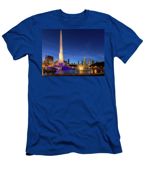 Buckingham Fountain At Dusk Men's T-Shirt (Athletic Fit)