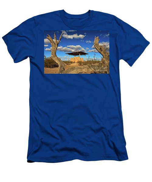 Casa Grande Ruins National Monument Men's T-Shirt (Athletic Fit)