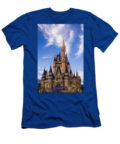 Cinderella Castle Men's T-Shirt (Athletic Fit)