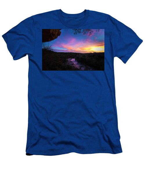 Cliff View Men's T-Shirt (Athletic Fit)