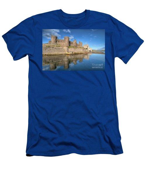 Conwy Castle Men's T-Shirt (Athletic Fit)