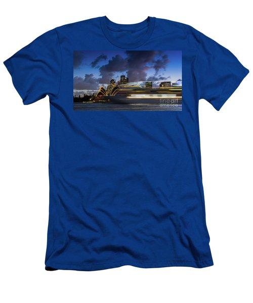 Cruise Ship Sydney Harbour Men's T-Shirt (Athletic Fit)