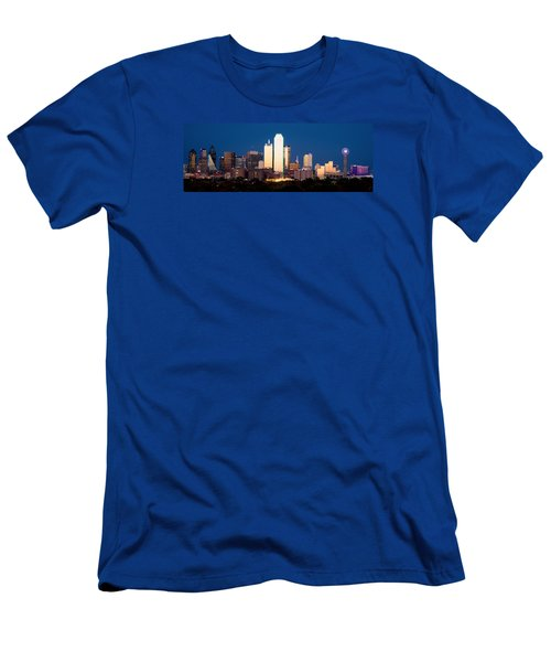 Dallas Golden Pano Men's T-Shirt (Athletic Fit)