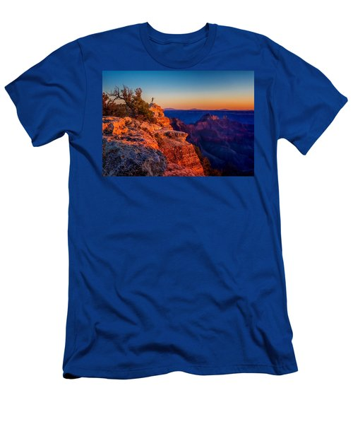 Dancer On The Ledge Men's T-Shirt (Athletic Fit)