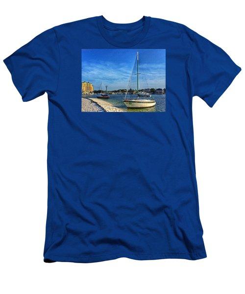 Destin Florida Men's T-Shirt (Athletic Fit)