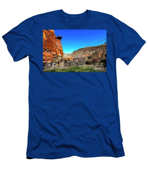 Dominguez Escalante Canyon Colorado II Men's T-Shirt (Athletic Fit)