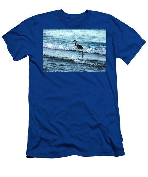 Early Morning Heron Beach Walk Men's T-Shirt (Athletic Fit)
