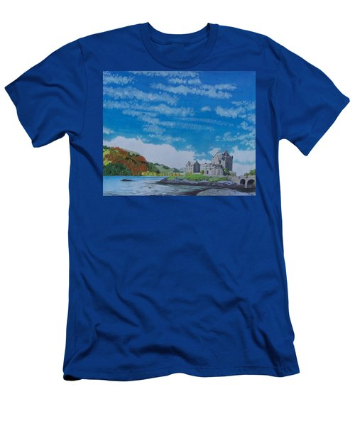 Eilean Donan Men's T-Shirt (Athletic Fit)
