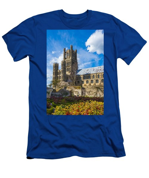 Ely Cathedral And Garden Men's T-Shirt (Athletic Fit)