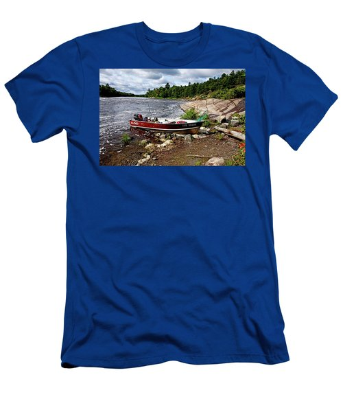 Fishing And Exploring Men's T-Shirt (Athletic Fit)