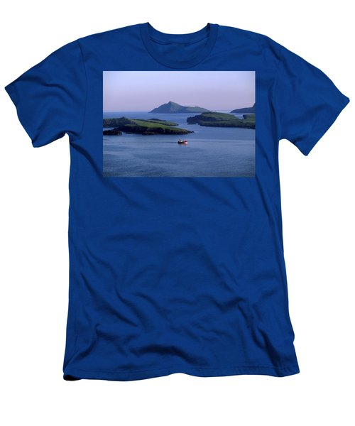 Fishing Trawler, Blasket Islands, Co Men's T-Shirt (Athletic Fit)