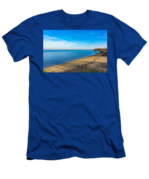 Men's T-Shirt (Athletic Fit) featuring the photograph Hillsmere Beach On The Chesapeake by Charles Kraus