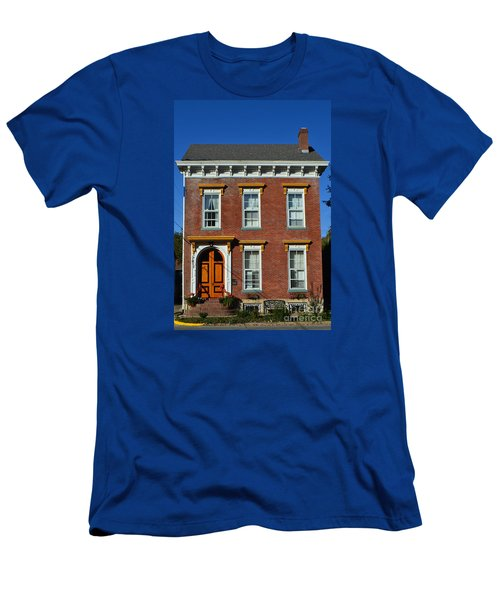 Historic Madison Row House Men's T-Shirt (Athletic Fit)