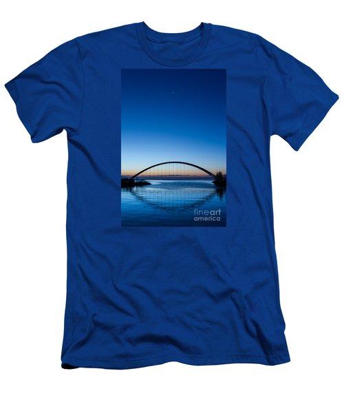 Humber River Dawn Men's T-Shirt (Athletic Fit)