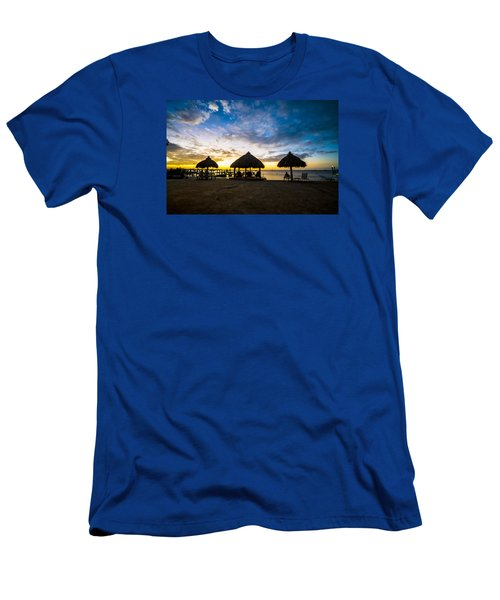 Island Huts Sunset Men's T-Shirt (Athletic Fit)