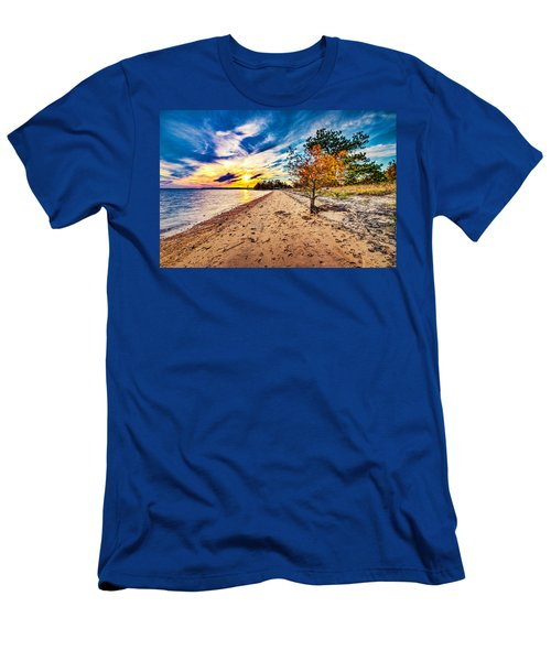 James River Sunset Men's T-Shirt (Athletic Fit)