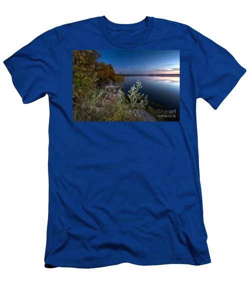 Lake Neatahwanta Twilight Men's T-Shirt (Athletic Fit)