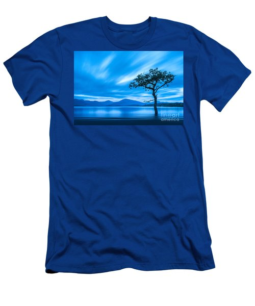 Lone Tree Milarrochy Bay Men's T-Shirt (Athletic Fit)