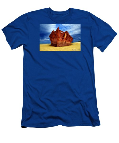 Maheno Shipwreck Fraser Island Queensland Australia Men's T-Shirt (Athletic Fit)